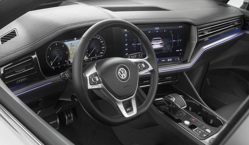 Volkswagen Touareg full